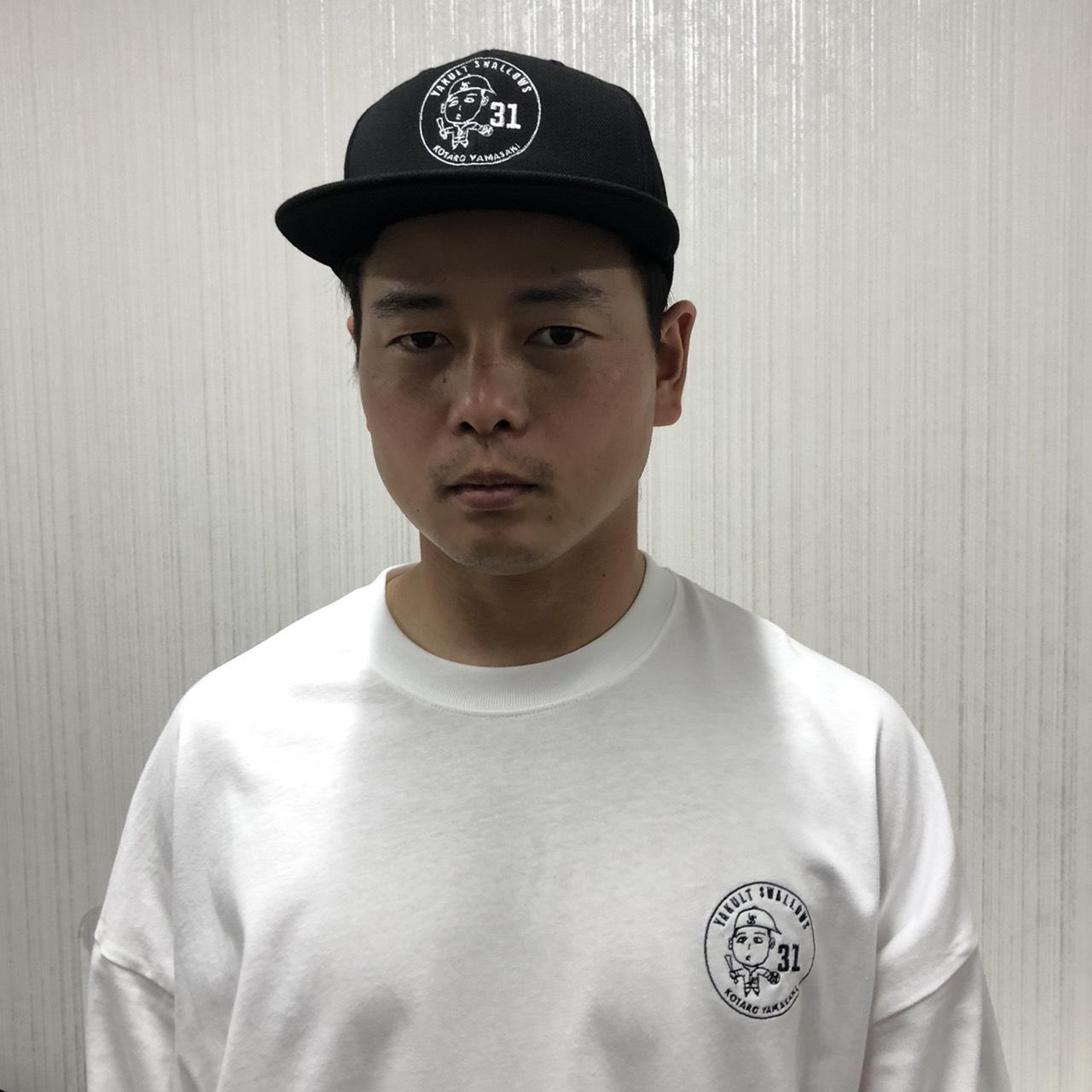 山崎選手自画像ビッグシルエットTシャツ(ホワイト)